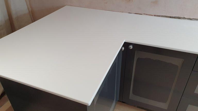 LG Hi-Macs Diamond White